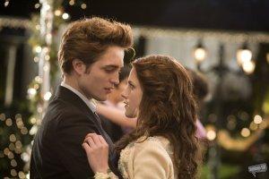 "Bella needed Edward to rescue her from the burden of the ground beneath. ""Have I found you, flightless bird"" - Iron & Wine"